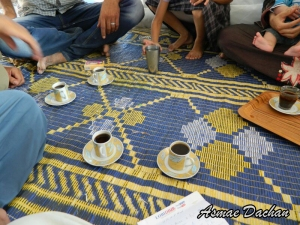 Caffè con i profughi siriani