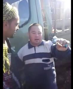 ragazzo down minacciato dalle milizie di assad